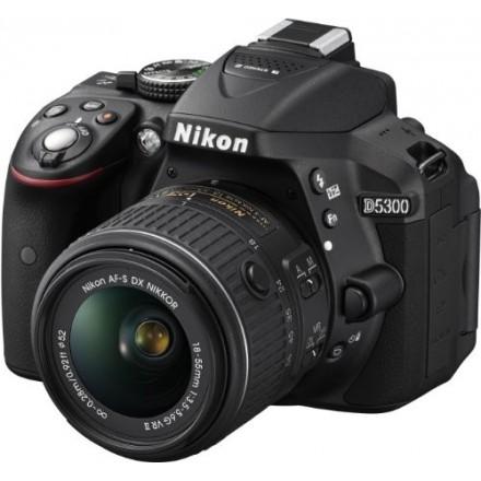Nikon D-5300 + AF-P VR 18/55 LF + Kit Regalo